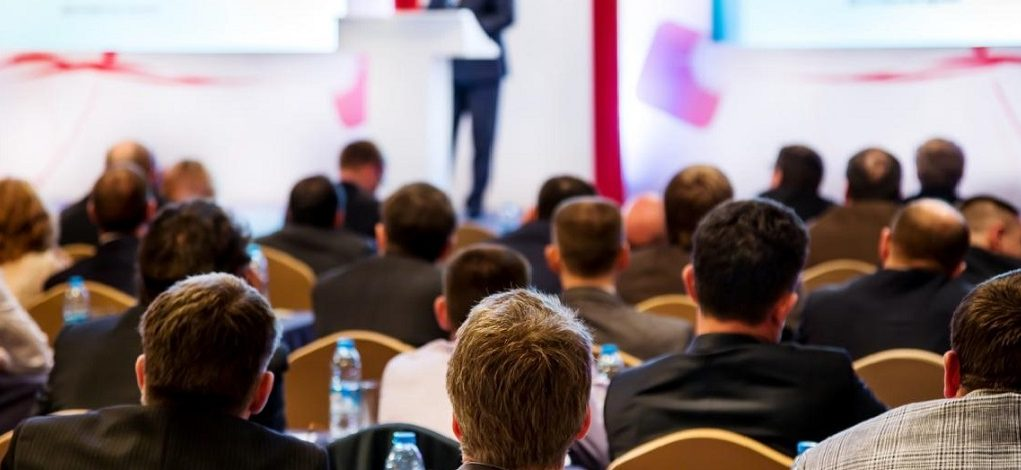 alphagamma 7 reasons why you should attend conferences